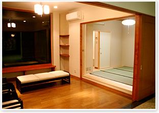 1階ホール待合室
